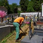 I lavori in corso al cimitero di Pescaglia capoluogo