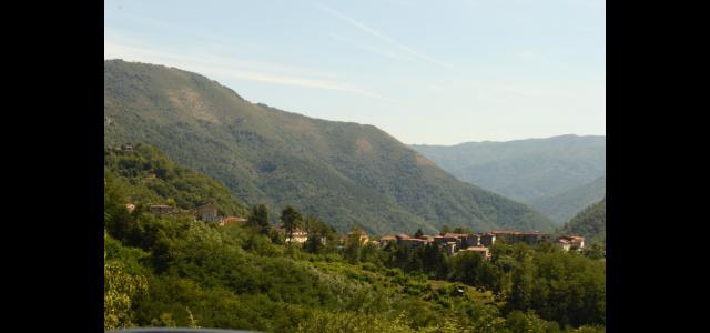 Una veduta di Villa a Roggio